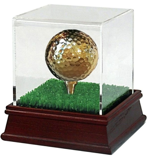 gold-golf-ball